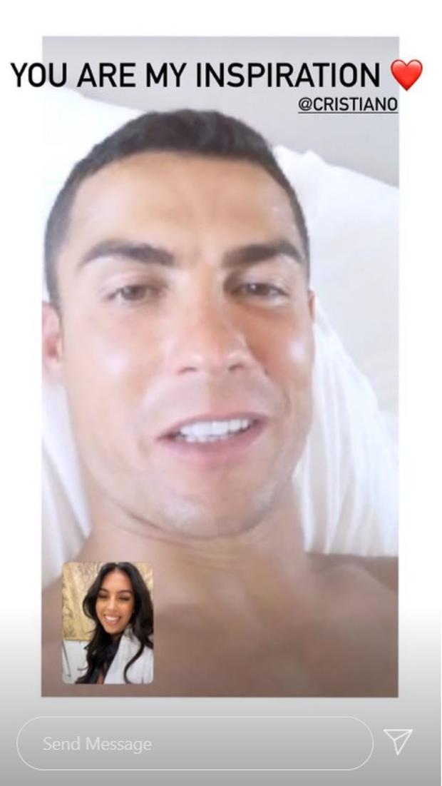 Động thái đầu tiên của cô nàng Georgina sau khi Ronaldo không may nhiễm Covid-19, vô tình tiết lộ luôn tình trạng hiện tại của siêu sao người Bồ - Ảnh 1.