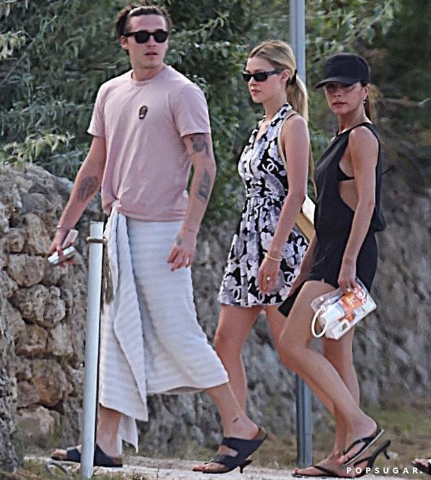 Harper Beckham gây bão MXH chỉ với 1 bức ảnh bên chị dâu tài phiệt: Cô út 9 tuổi mà phổng phao bất ngờ, nhìn như thiếu nữ - Ảnh 3.