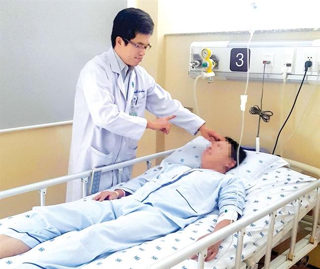 Căn bệnh vượt trội ung thư về số ca mắc mới ở VN: Thấy 3 dấu hiệu đột ngột này, phải đến BV ngay! - Ảnh 1.