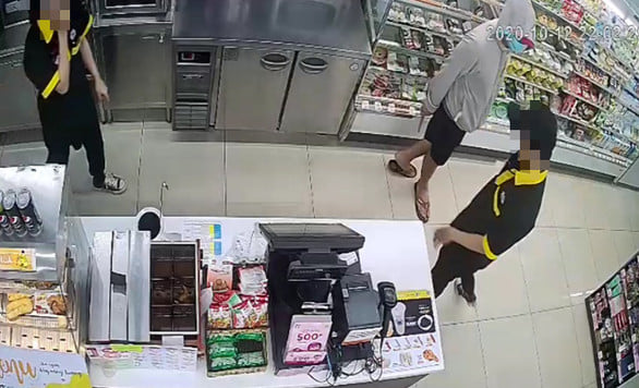 Bắt nam thanh niên 23 tuổi cướp cửa hàng tiện lợi Mini Stop ở Sài Gòn - Ảnh 1.