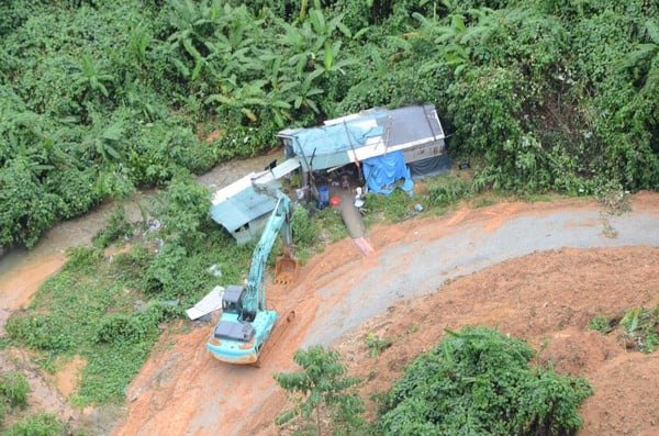 Không còn dấu vết của Trạm bảo vệ rừng 67 - nơi đoàn cứu hộ dừng chân Photo-1-1602650602223208765210