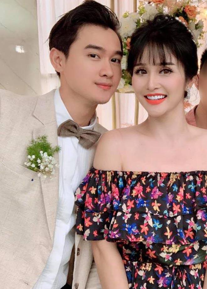 Khách mời đi đò, xe tải dự đám cưới Thảo Trang và chồng kém 8 tuổi vì mưa lũ - Ảnh 2.