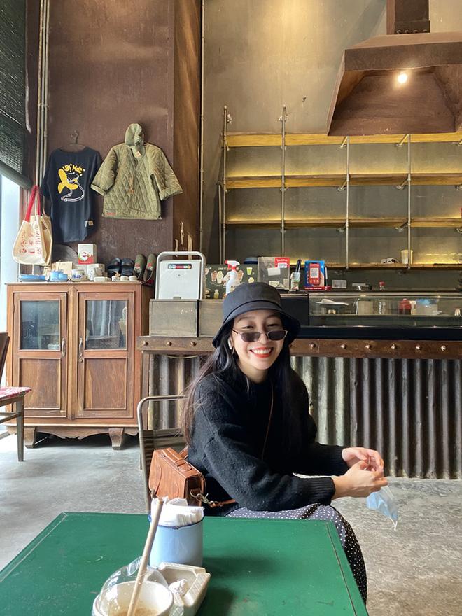 Tiểu thư 2k2 nhà Diva Mỹ Linh bước chân vào hội mê golf, tiết lộ nhờ vậy mà thân với bố hơn - Ảnh 1.