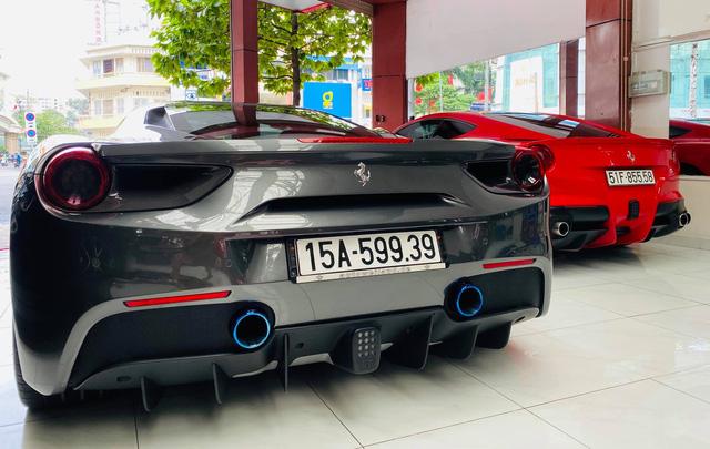 Doanh nhân Hải Phòng chia tay Ferrari 488 GTB màu xám từng của doanh nhân Nguyễn Quốc Cường - Ảnh 3.