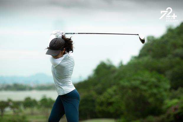 Tiểu thư 2k2 nhà Diva Mỹ Linh bước chân vào hội mê golf, tiết lộ nhờ vậy mà thân với bố hơn - Ảnh 6.