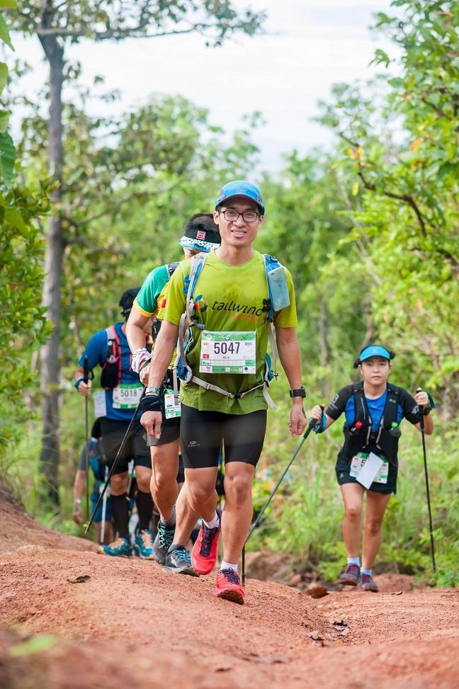 Bác sĩ trẻ đau đáu về những cái chết bị động của người cận tử, quyết chạy 250km để gây quỹ - Ảnh 1.