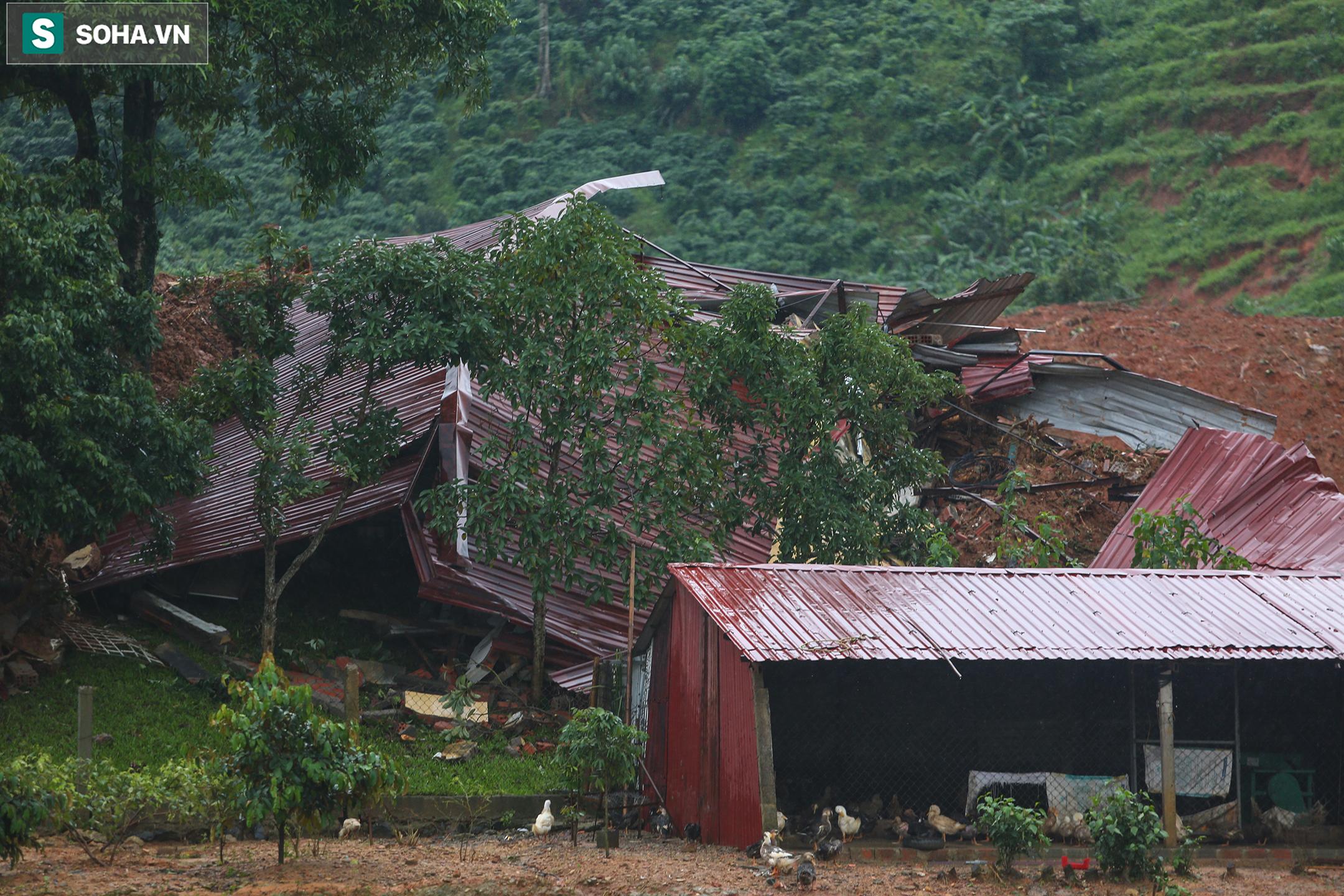 """Toàn cảnh dãy nhà bị núi lở """"san phẳng"""", vùi lấp 22 chiến sĩ ở Quảng Trị - Ảnh 10."""