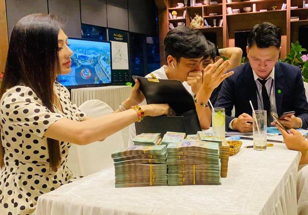 Gia thế và tài sản khủng của Lâm Khánh Chi, mua nhà 30 tỷ cũng nhẹ như lông hồng - Ảnh 3.