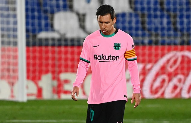 Messi ký tên tham gia một cuộc chiến mới, công khai đối đầu Barcelona - Ảnh 1.