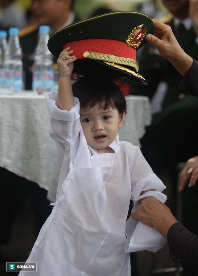Đi vào hiểm nguy vì nhân dân -  Quyết định cần thiết và dũng cảm của Thiếu tướng Nguyễn Văn Man cùng đồng đội - Ảnh 2.
