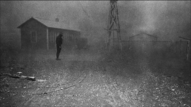 Sự kiện Dust Bowl: Cơn bão đen kéo dài 10 năm trên khắp Bắc Mỹ - Ảnh 1.