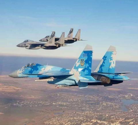Tiêm kích Su-27 từng gây thảm họa kinh hoàng, nhưng vẫn là át chủ bài của Ukraine - Ảnh 4.