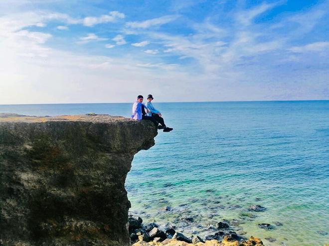 Bão đánh sập địa điểm du lịch nổi tiếng ở Quảng Trị, vị trí check in huyền thoại cũng không còn nữa - Ảnh 1.