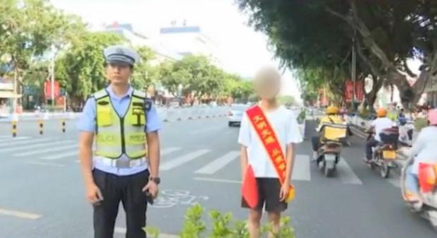 Thanh niên vi phạm giao thông bị cảnh sát phạt đăng status được 30 like mới thả, nghe thì dễ nhưng đời không như mơ... - Ảnh 2.