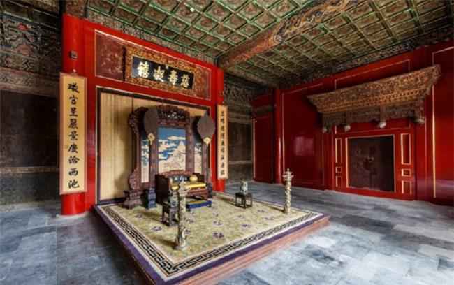 Hiếu Trang Hoàng thái hậu qua đời, vì sao không ai dám ở Từ Ninh Cung? - Ảnh 2.
