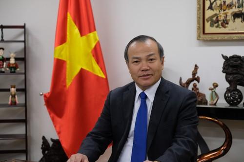 Chuyên gia Nhật nói về chuyến công du đầu tiên của Thủ tướng Suga Yoshihide: Việt Nam là cầu nối giữa Tokyo với ASEAN - Ảnh 1.