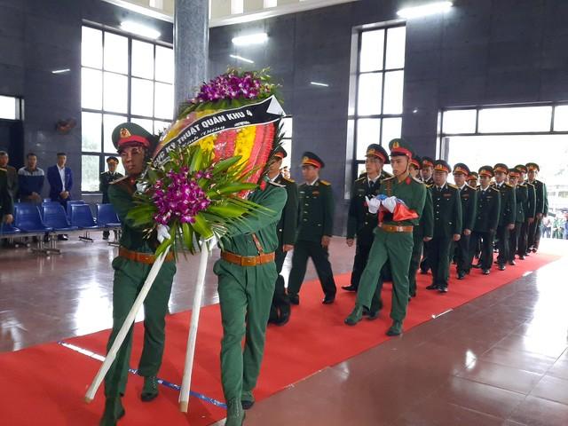 Lễ viếng liệt sỹ - Đại tá Hoàng Mai Vui tại quê nhà - Ảnh 2.