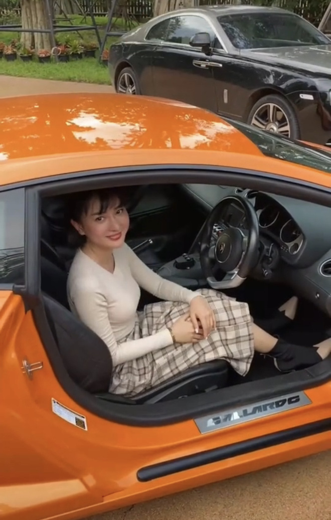 Ngồi Lamborghini - Rolls-Royce sao cho sang cũng phải học, biết đâu sự giàu có ập đến nay mai - ảnh 4