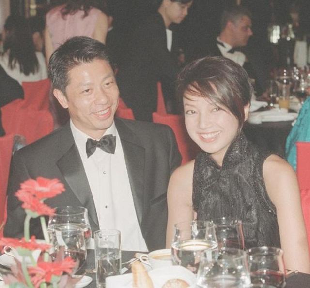 Hoa hậu Hong Kong làm ăn thua lỗ, phải thế chấp vương miện trả nợ giờ ra sao ở tuổi 50? - Ảnh 5.
