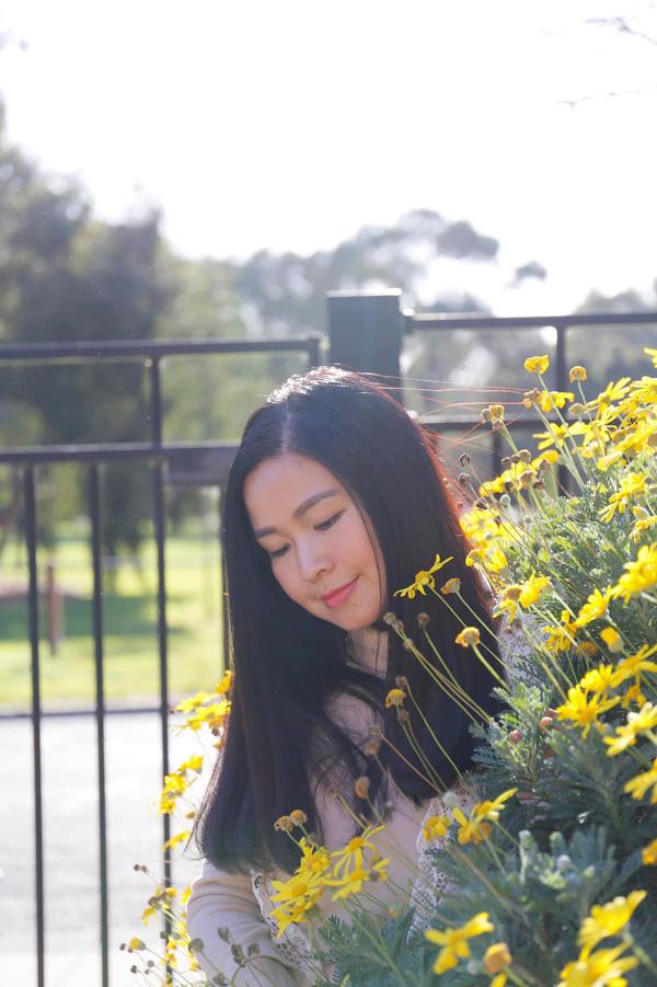 Nhan sắc mặn mà tuổi 48 của MC Đặng Châu Anh, bà xã đạo diễn Đỗ Thanh Hải - Ảnh 7.