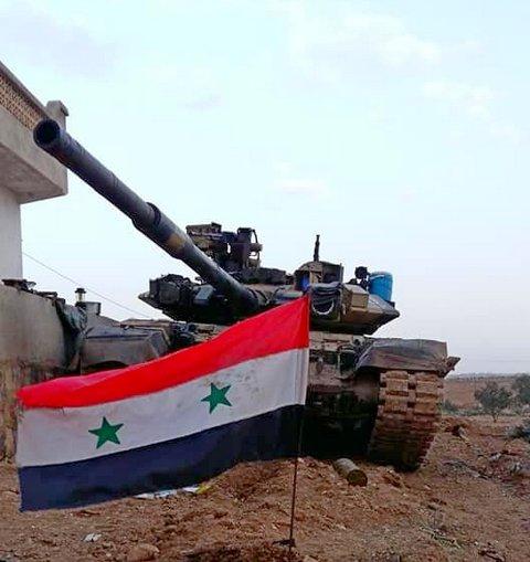 T-72M1 cổ lỗ hạ gục xe tăng T-90 ở Syria: Cuộc đi săn kịch tính và phát bắn thần sầu - Ảnh 1.