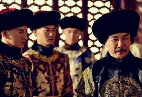 Ngồi trên ngai vàng lâu nhất lịch sử Trung Quốc, trước khi chết Khang Hi còn làm 1 việc khiến đại thần tái xanh mặt mũi - Ảnh 4.