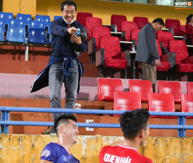 Quế Ngọc Hải bị trợ lý HLV tuyển Việt Nam dọa đánh vì chơi xấu đàn em - Ảnh 5.