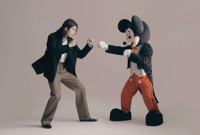 Lee Dong Wook - Anh chú đắt giá của Kbiz: Đời tư sạch bóng kin kít, mê hoạt hình Disney như điếu đổ và tự nhận chả hề lãng mạn - Ảnh 46.