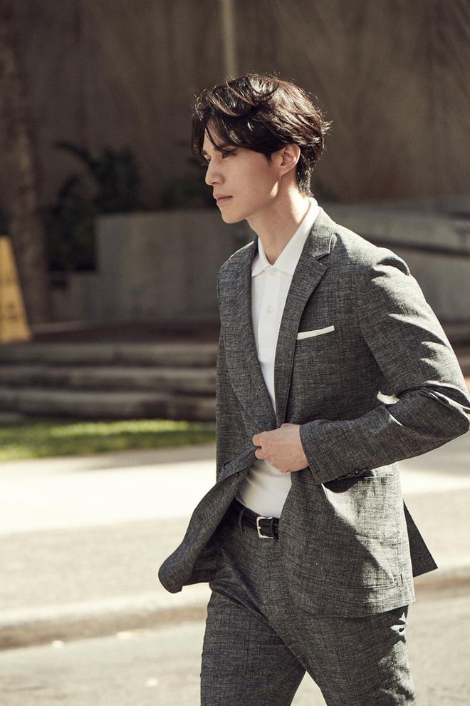 Lee Dong Wook - Anh chú đắt giá của Kbiz: Đời tư sạch bóng kin kít, mê hoạt hình Disney như điếu đổ và tự nhận chả hề lãng mạn - Ảnh 8.