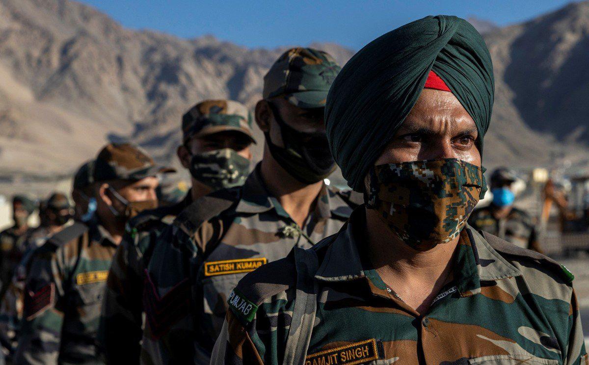 """Trung Quốc hé lộ lí do binh sĩ """"đi lạc"""" sang lãnh thổ Ấn Độ, kêu gọi nhanh chóng trả người"""