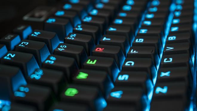 Vì sao các ký tự bàn phím xếp theo kiểu QWERTY, thay vì ABCDEF như trong bảng chữ cái? - Ảnh 3.