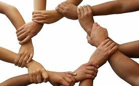 Nhiều doanh nghiệp chung tay tiếp sức đồng bào vùng lũ