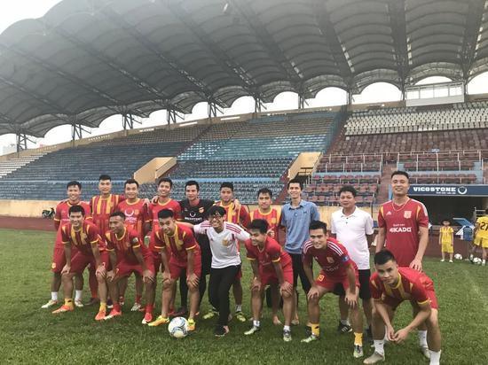 """Báo Trung Quốc tán dương thầy Park, nói về """"điều gây ngạc nhiên lớn"""" của bóng đá Việt Nam - Ảnh 8."""