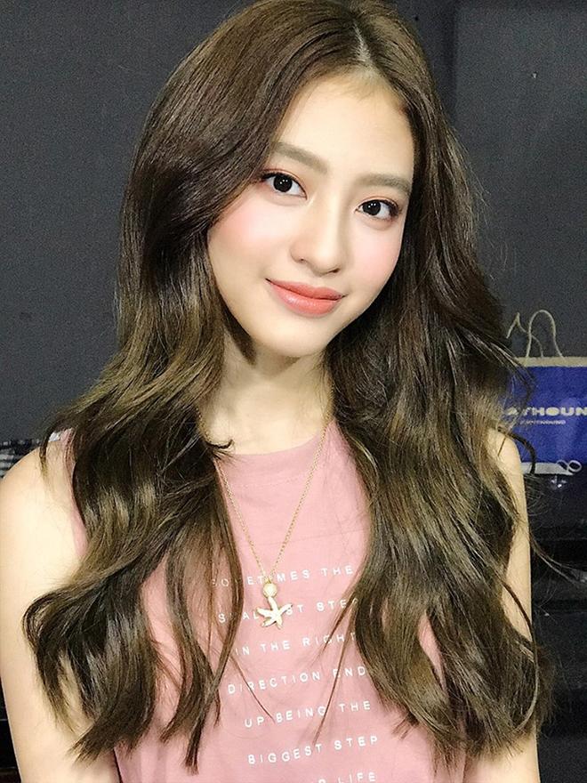 Mỹ nhân Việt lọt Top 100 gương mặt đẹp nhất thế giới nổi tiếng và quyến rũ cỡ nào? - Ảnh 1.