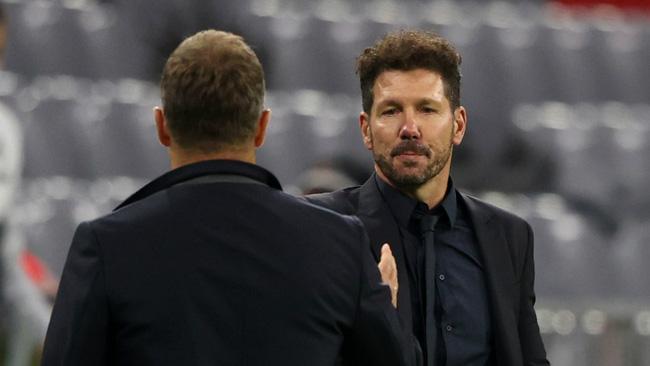 Atletico thua lấm lưng trắng bụng, HLV Simeone trút giận ở phòng họp báo - Ảnh 1.