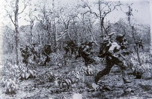 Chiến trường K: Đặc công Polpot tập kích bất ngờ, bị lính mới Quân tình nguyện Việt Nam xử đẹp - Ảnh 2.