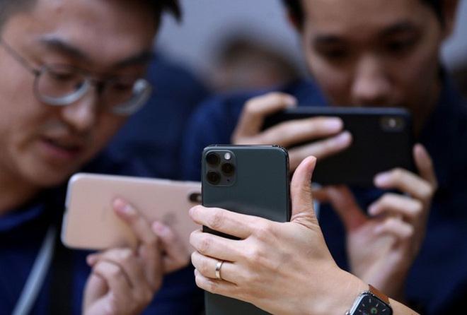 Chuyên gia công nghệ đánh giá iPhone 12 và 12 Pro: Pin kém, camera như mọi khi, 5G và cảm biến Lidar đều viển vông - Ảnh 3.
