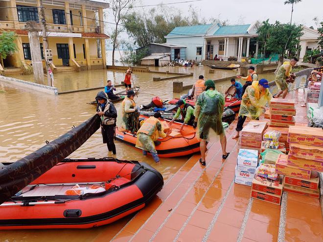 Profile của CEO 9X - cha đẻ Biệt đội cano 0 đồng đang ngày đêm ứng cứu đồng bào miền Trung bị lũ lụt - Ảnh 4.