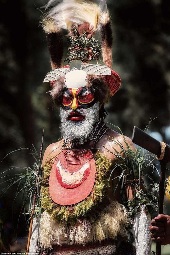 Bộ lạc bí hiểm và những tập tục kinh dị và ớn lạnh ở Papua New Guinea - Ảnh 10.