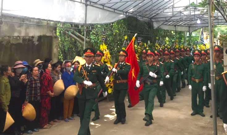 Nước mắt tiễn biệt liệt sỹ Đoàn 337 bị vùi lấp ở Quảng Trị: Nào ngờ con đi không về nữa - Ảnh 19.