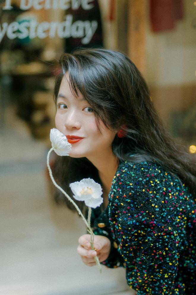 Hoá ra con gái hơn 30 tuổi của nghệ sĩ Chiều Xuân chính là nhan sắc đậm chất TVB khiến dân tình xôn xao - ảnh 1