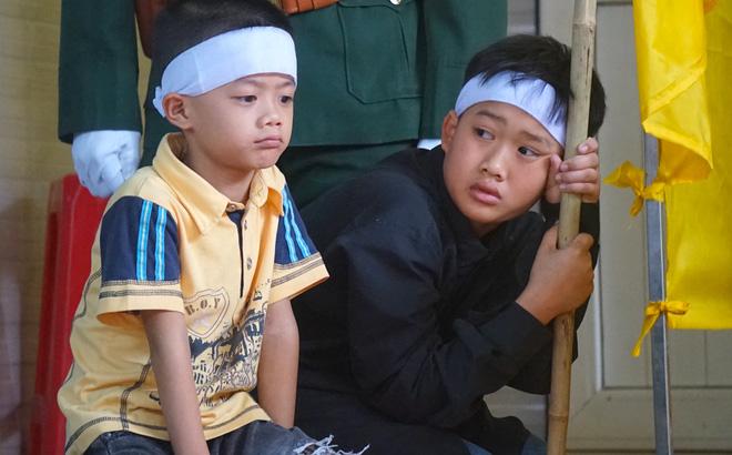 Nước mắt tiễn biệt liệt sỹ Đoàn 337 bị vùi lấp ở Quảng Trị: Nào ngờ con đi không về nữa - Ảnh 10.