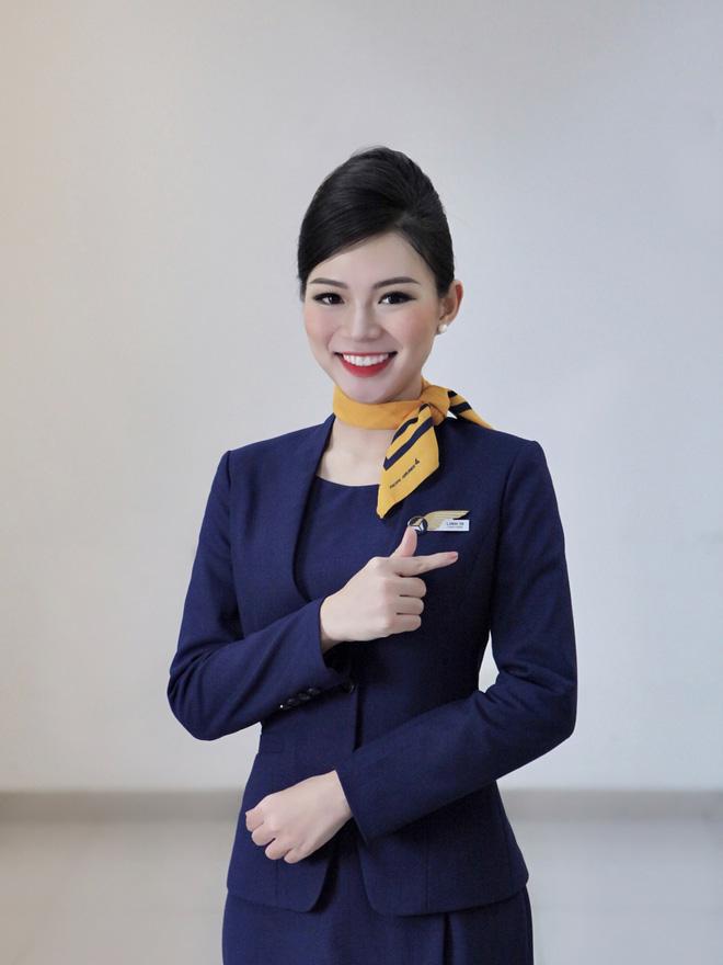 Tiếp viên hàng không kể chuyện yêu anh cơ phó nhờ Facebook, hé lộ mức lương xứng đáng với công việc trong mơ - Ảnh 1.