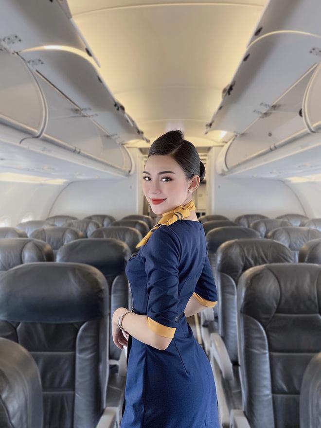 Tiếp viên hàng không kể chuyện yêu anh cơ phó nhờ Facebook, hé lộ mức lương xứng đáng với công việc trong mơ - Ảnh 2.
