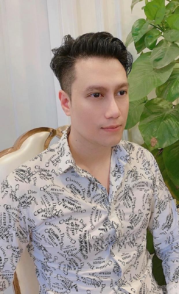 Chung khung hình với Bằng Kiều ở sự kiện, Việt Anh khiến netizen hốt hoảng vì mũi lệch bất thường hậu dao kéo - Ảnh 3.