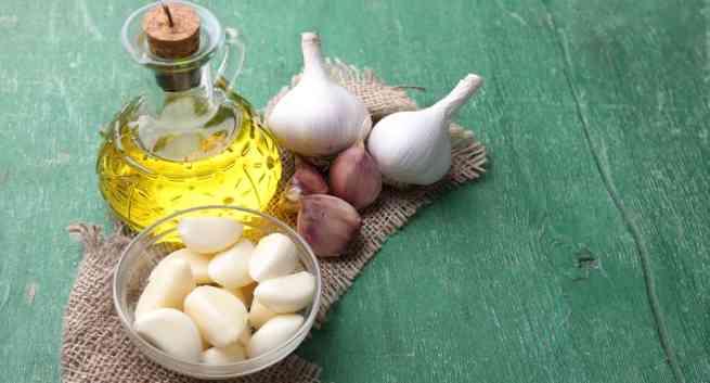 Lợi ích đối với sức khỏe của dầu tỏi - Ảnh 1.