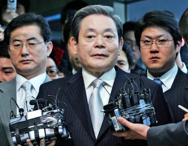 Chuyện đời cố Chủ tịch Lee Kun-hee: Người đàn ông huyền thoại đã biến Samsung trở thành một đế chế điện tử hàng đầu thế giới - Ảnh 1.