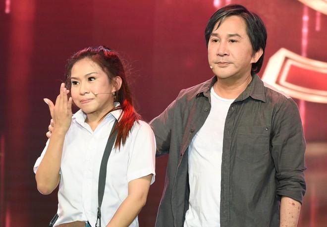 Con gái nuôi Kim Tử Long: Bị xuất huyết, suýt sảy thai vì nhào lộn trên sân khấu - Ảnh 3.