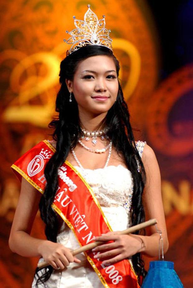Hoa hậu Thuỳ Dung sau 12 năm làm rơi vương miện chấn động Vbiz: 2 lần lỡ hẹn thi quốc tế, visual ngỡ ngàng, còn cuộc sống ra sao? - Ảnh 2.