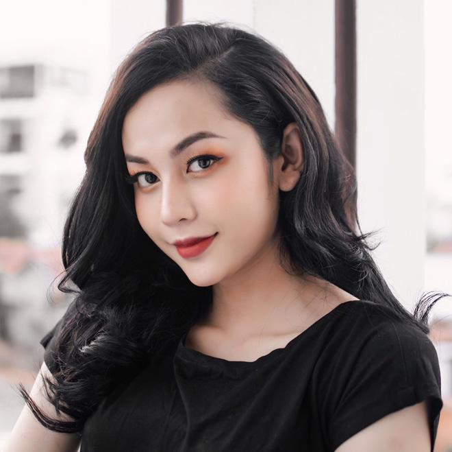 Soi nhan sắc trên tivi vs ảnh đăng phây của thí sinh hot nhất Hoa hậu Chuyển giới Việt Nam 2020 - Ảnh 2.